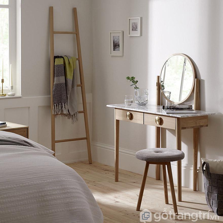 cách bố trí bàn trang điểm trong phòng ngủ