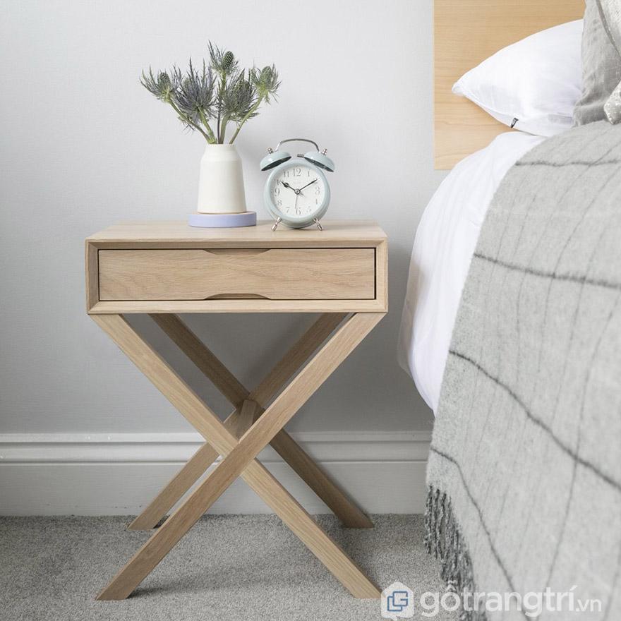 tab đầu giường gỗ sồi