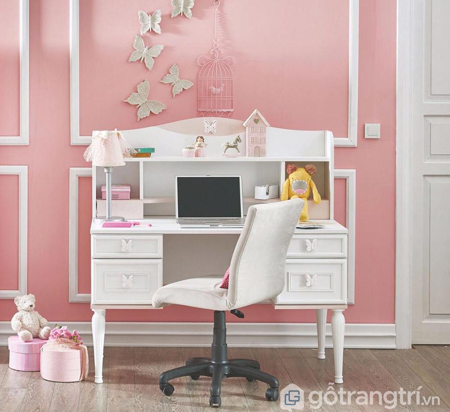 trang trí bàn học cho bé gái
