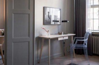 bàn làm việc gỗ ép
