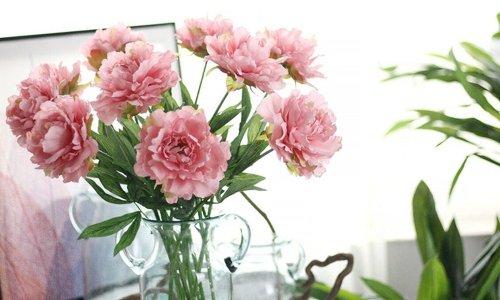 hoa giả trang trí trong nhà