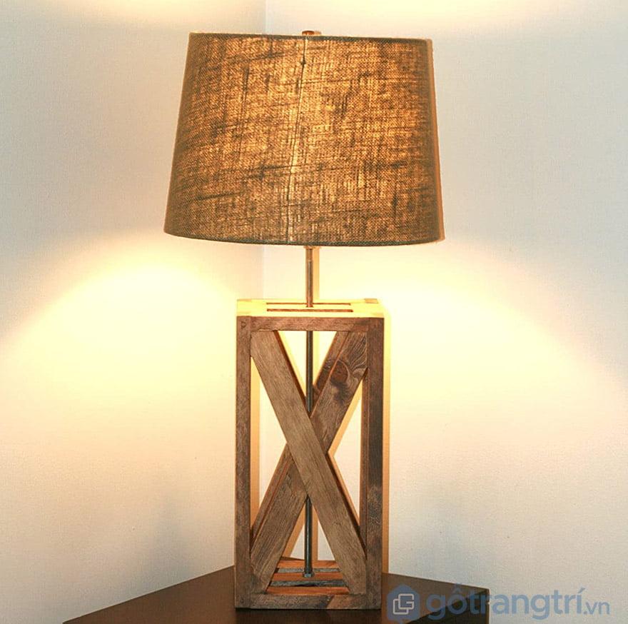 đèn ngủ để bàn bằng gỗ