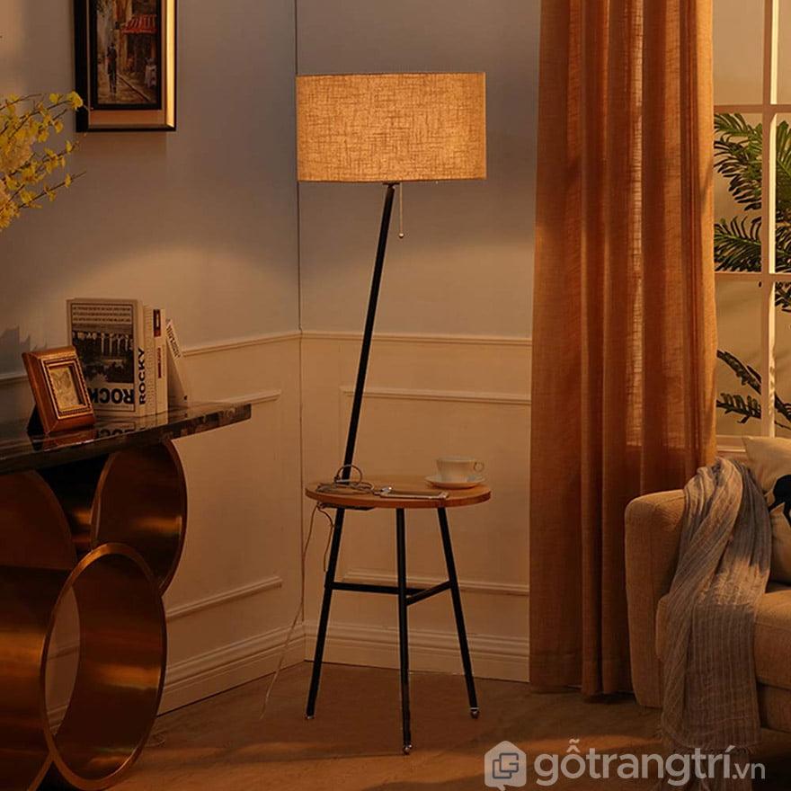 đèn ngủ để bàn chân gỗ