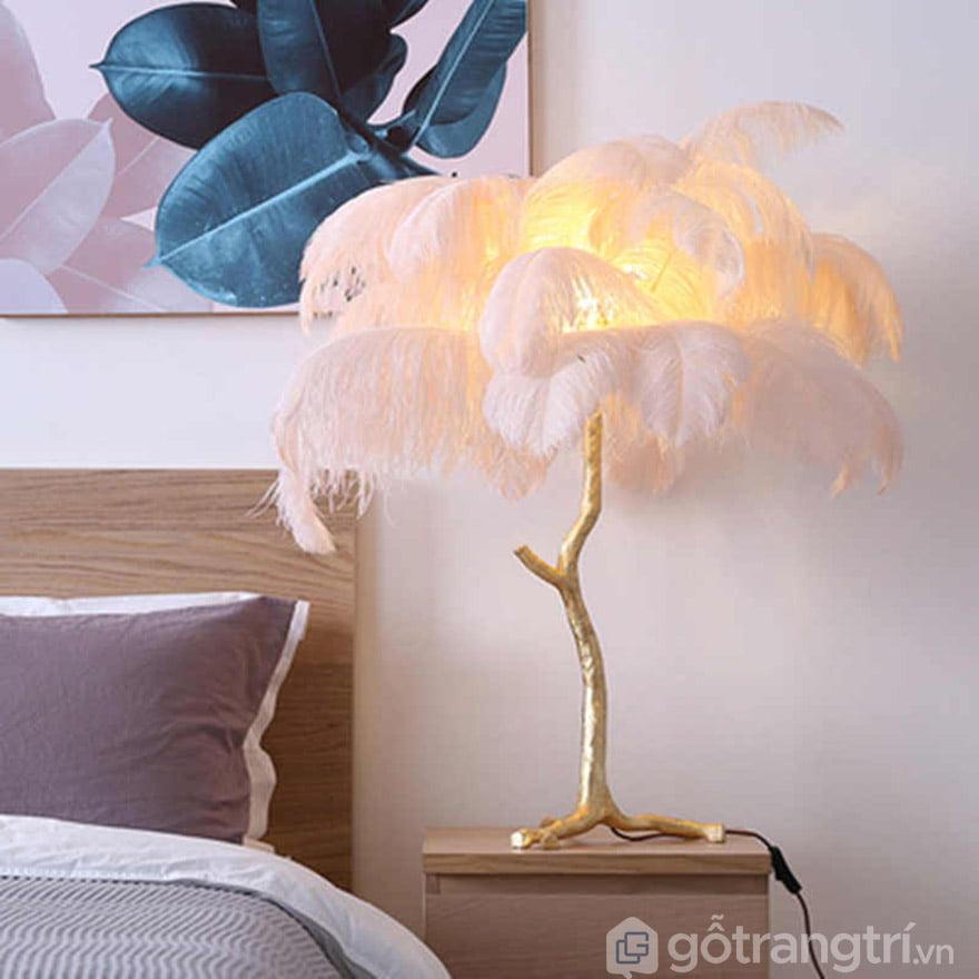 đèn ngủ để bàn lông vũ