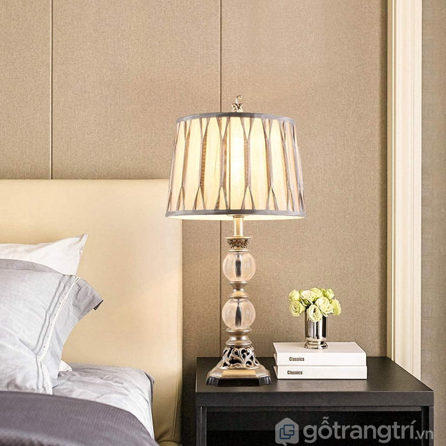 đèn ngủ để bàn tân cổ điển