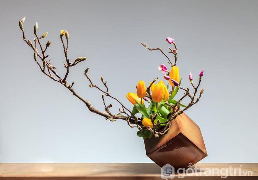 Các kiểu cắm hoa giả đẹp