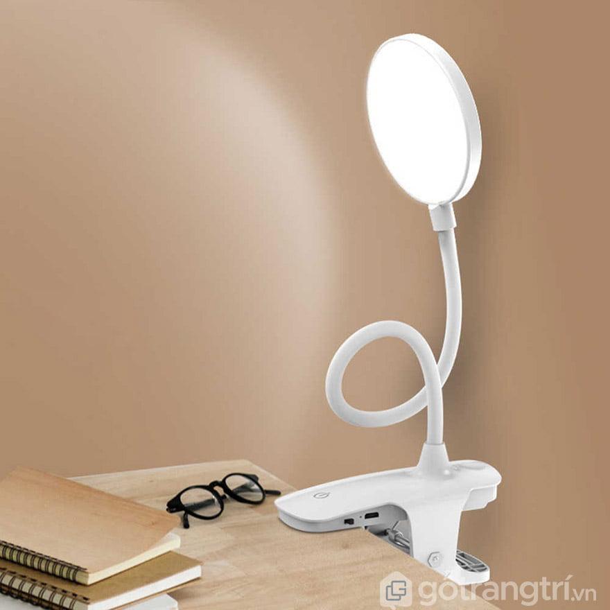 đèn học kẹp bàn