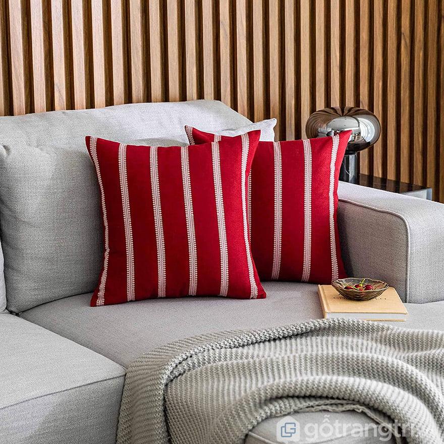 gối trang trí sofa màu đỏ