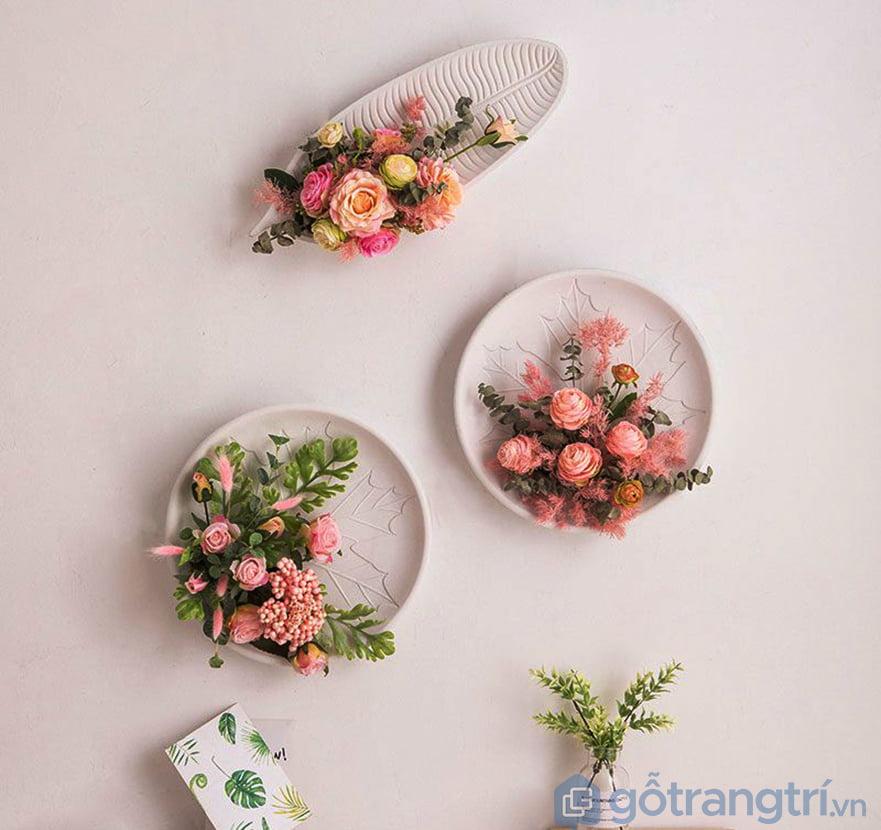 Hoa giả trang trí tường