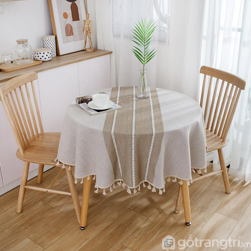 Khăn trải bàn bằng vải