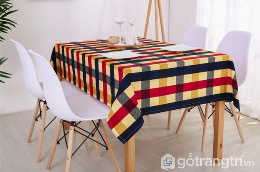 Khăn trải bàn cavas màu sắc cá tính