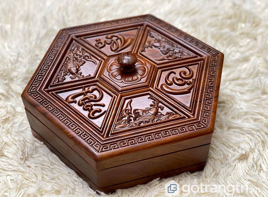 Khay đựng bánh kẹo bằng gỗ