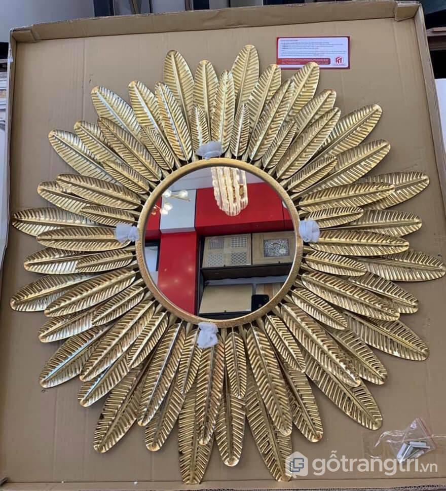 Guong-trang-tri-tuong-cho-khong-gian-gia-dinh-GHS-6715