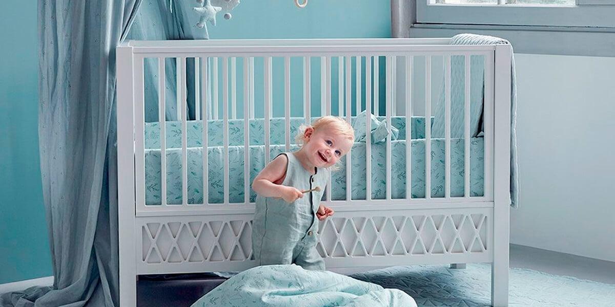 Quây cũi cho bé 1 tuổi