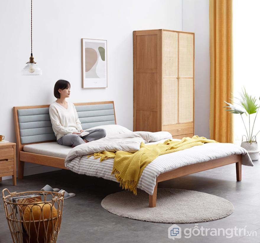 Giuong-ngu-bang-go-tu-nhien-chat-luong-cao-GHS-9142