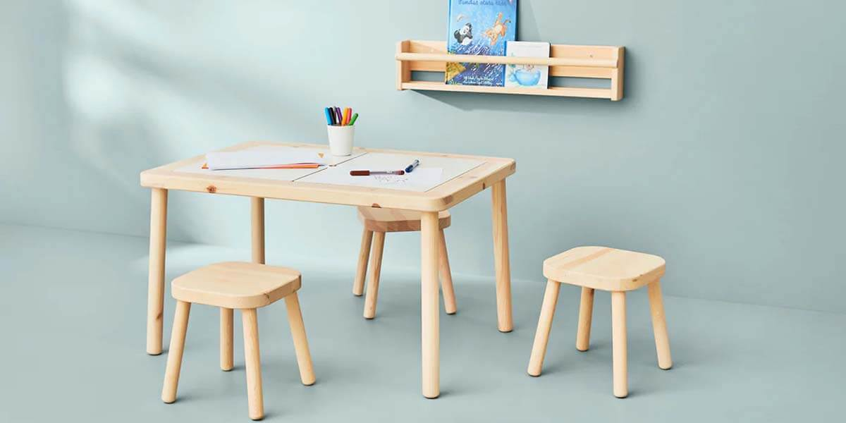 Bộ bàn ghế cho bé