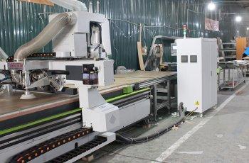 Gotrangtri.vn sở hữu xưởng sản xuất quy mô, máy móc hiện đại hàng đầu
