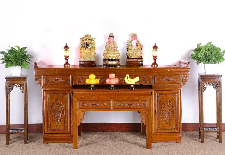 Phòng thờ, bàn thờ là nơi thiêng liêng liêng trong gia đình